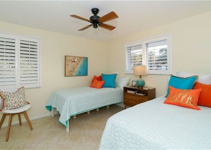 Sophisticated updated modern pool home on St. Armands sleeps 11 #11