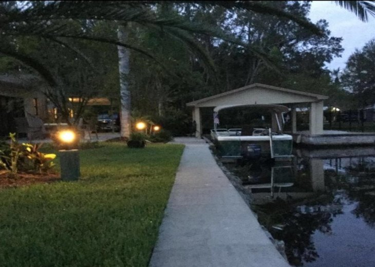 Private HOMosassa, WATERFRONT, 150 ft Seawall, Floating Dock #15