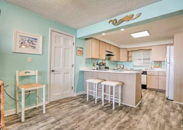 Cozy New Smyrna Beach Apartment - Steps from Beach #7