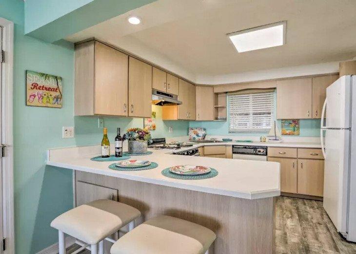 Cozy New Smyrna Beach Apartment - Steps from Beach #8