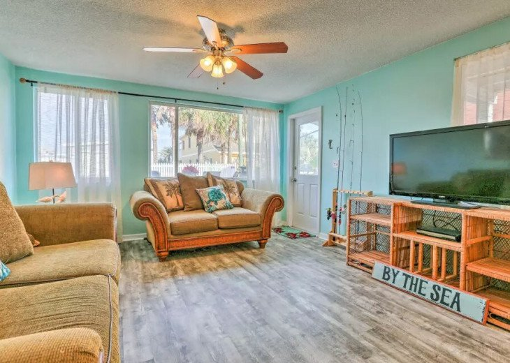 Cozy New Smyrna Beach Apartment - Steps from Beach #5