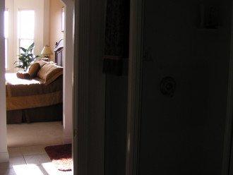 HARBOUR VILLAGE PENT HOUSE CONDO #1