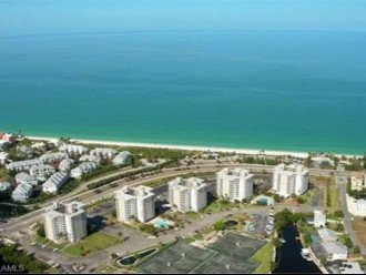 Luxurious Beach and Tennis Studio-Bikes, Two Pools, Tennis! Across from beach! #1