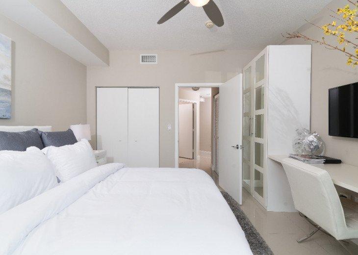 Miami Luxury in Brickell 2BR 2BA, Bay Views #9