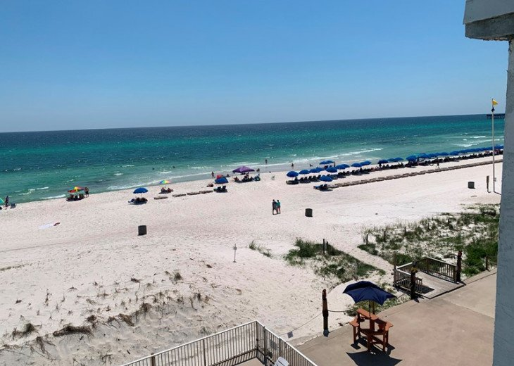 White Sand Beachs Of gulf Coast right outside your DOOR