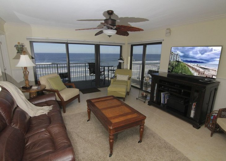 Sunrise Paradise, 2/2 Updated Corner Condo, Oceanfront, No-Drive Beach!. #2