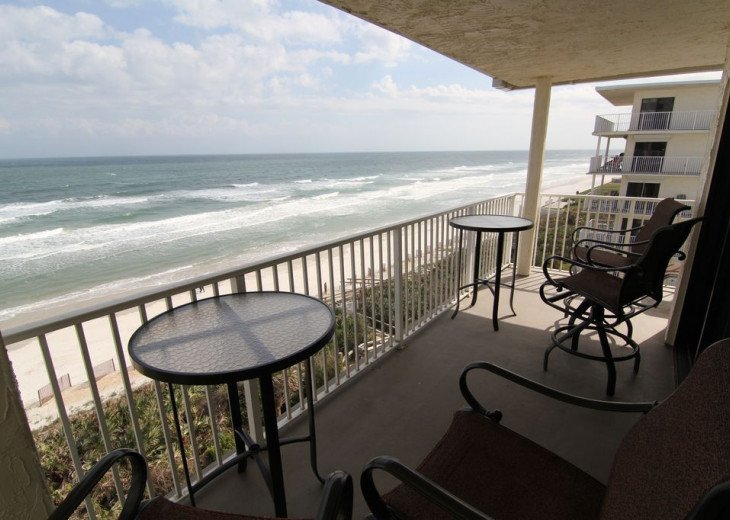 Sunrise Paradise, 2/2 Updated Corner Condo, Oceanfront, No-Drive Beach!. #16