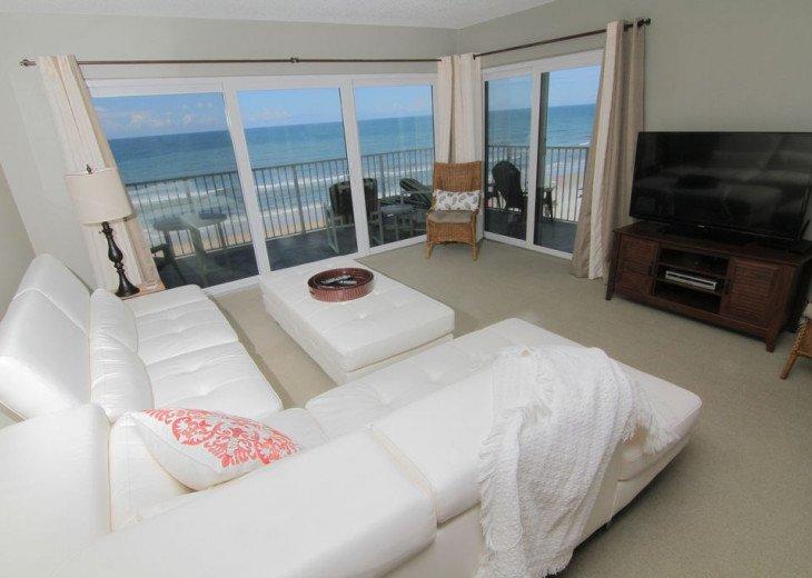 Chic Beach Gem, 6th Floor Oceanfront Corner Condo With a View, No-Drive Beach #6