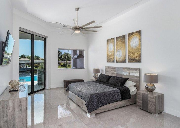 Luxury Home Cosmopolitan #22