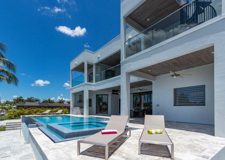 Luxury Home Cosmopolitan #5
