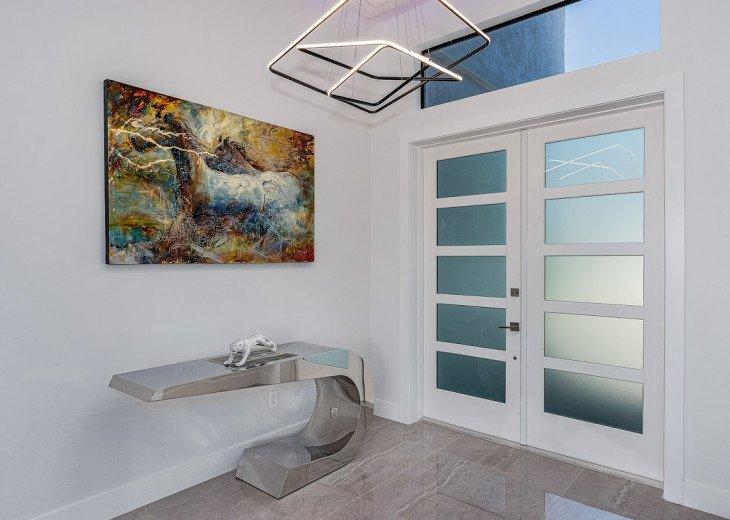 Luxury Home Cosmopolitan #24