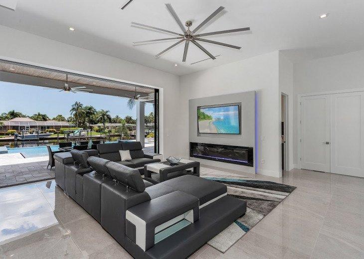 Luxury Home Cosmopolitan #29