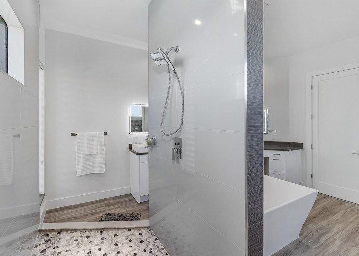 Luxury Home Cosmopolitan #53