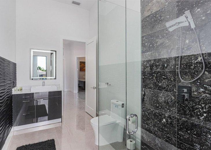 Luxury Home Cosmopolitan #54