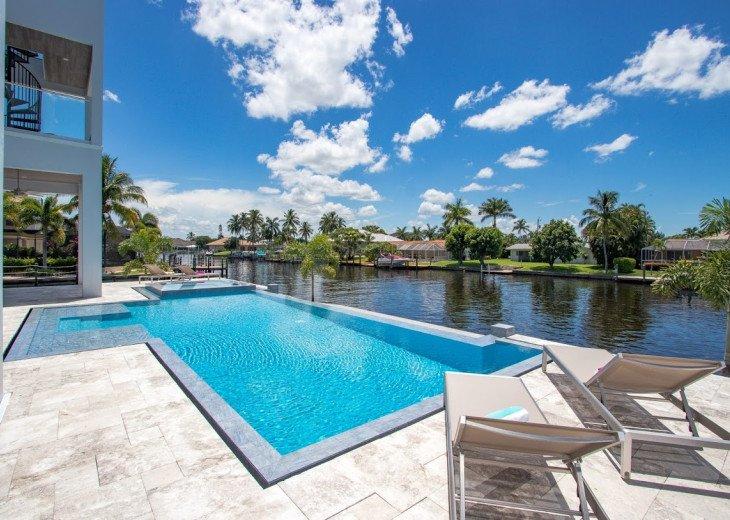 Luxury Home Cosmopolitan #43