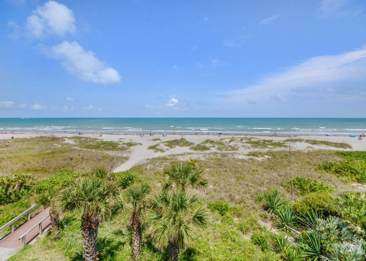3 Bedroom 2 Bath Direct Ocean Front With A 44 Foot Wrap-Around Balcony #34