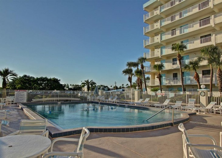 3 Bedroom 2 Bath Direct Ocean Front With A 44 Foot Wrap-Around Balcony #42