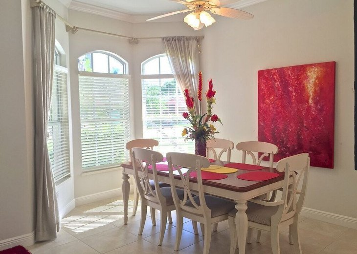 FABULOUS NEWER HOME with new heated pool - 2500 ft away from 3 Beaches!!! #9