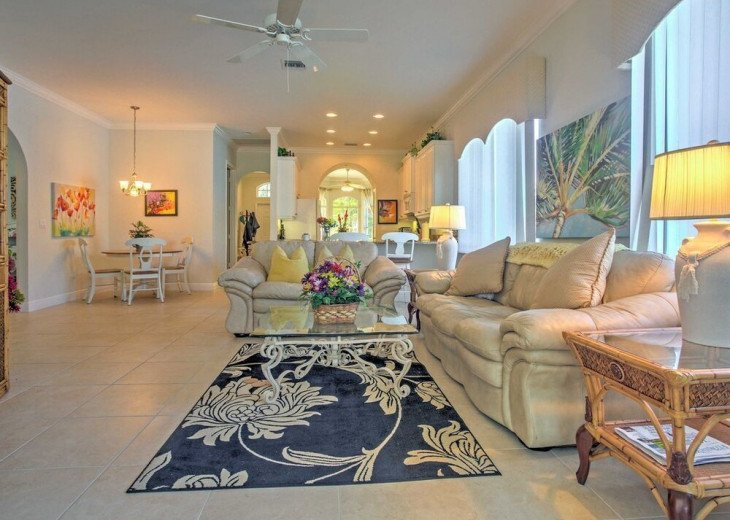 FABULOUS NEWER HOME with new heated pool - 2500 ft away from 3 Beaches!!! #13