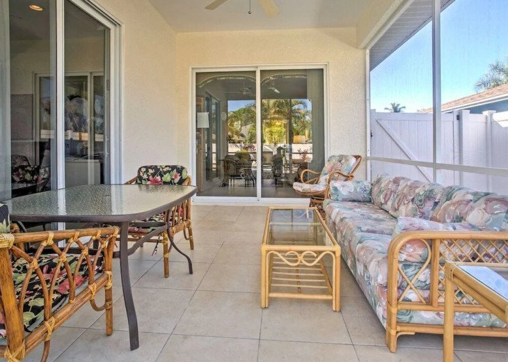 FABULOUS NEWER HOME with new heated pool - 2500 ft away from 3 Beaches!!! #7