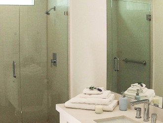 Lovely bathroom with big walk-in shower
