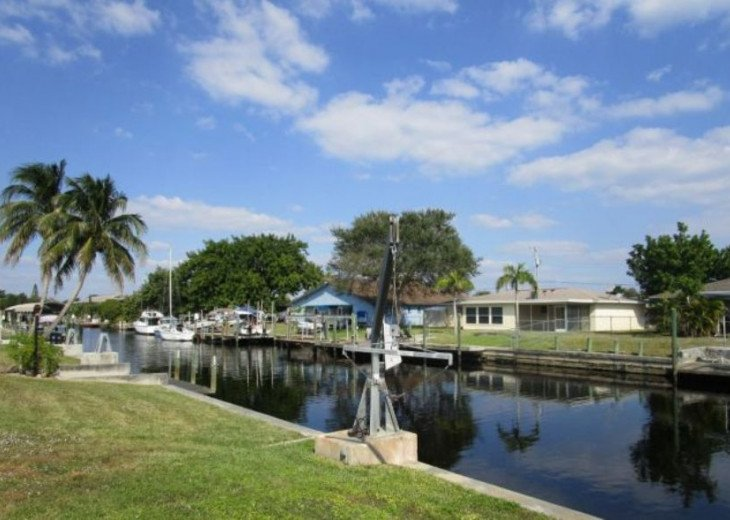 Ibis - Sailboat Access Home with Solar Heated Pool #9