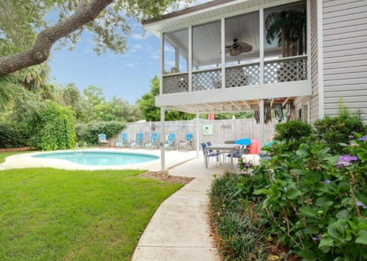 LOCATION LOCATION LOCATION Luxyry Beach House with VERY private pool #19