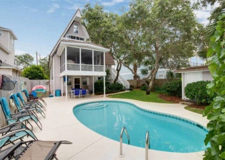 LOCATION LOCATION LOCATION Luxyry Beach House with VERY private pool #18