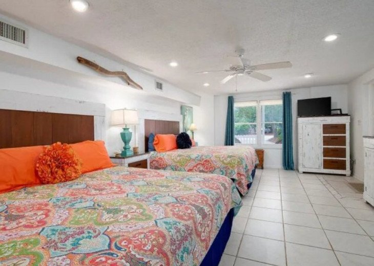 LOCATION LOCATION LOCATION Luxyry Beach House with VERY private pool #15