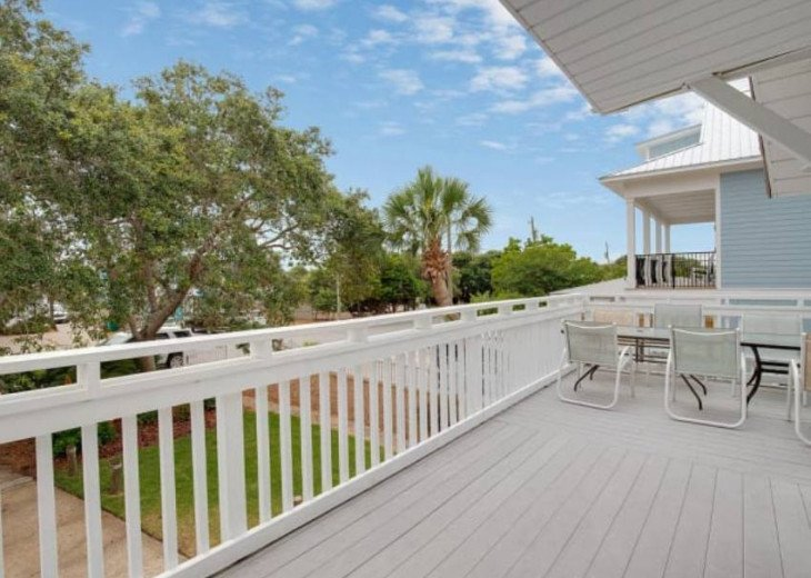LOCATION LOCATION LOCATION Luxyry Beach House with VERY private pool #5