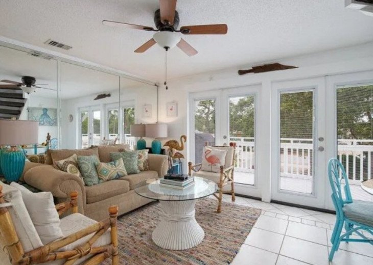 LOCATION LOCATION LOCATION Luxyry Beach House with VERY private pool #2