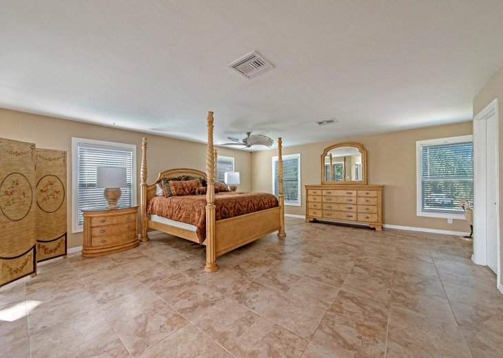 Spread out in the super spacious 2nd Floor Master Bedroom Suite!