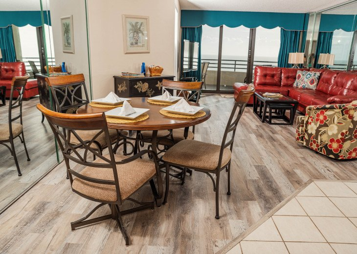 Oceanfront Sand Dollar CONDO 2/2 - Awesome views-Free WiFi - Beachfront Pool. #11