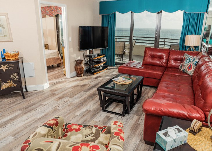 Oceanfront Sand Dollar CONDO 2/2 - Awesome views-Free WiFi - Beachfront Pool. #9
