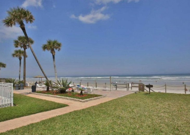 Pristine Direct OceanFront * 1st Floor Walkout *2/2 *W/D*No-Drive Beach,SeaCoast #20