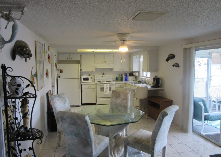 Holiday Cottage on Lake Conley #38