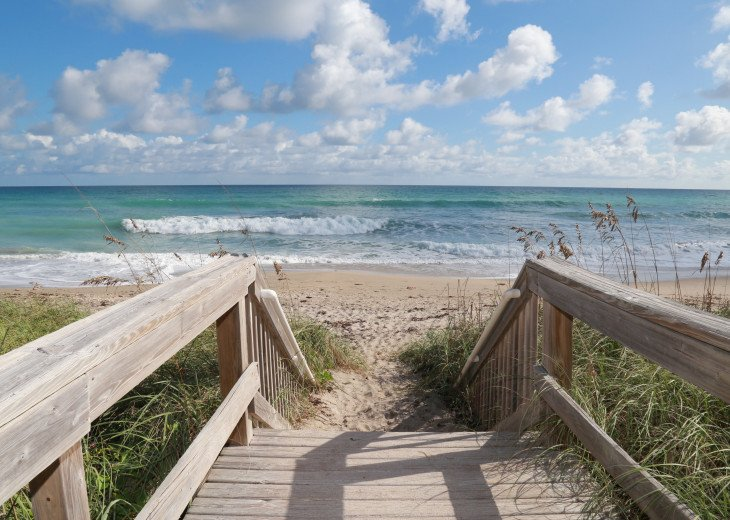 Beachfront condo on Hutchinson Island - Fully Renovated #21