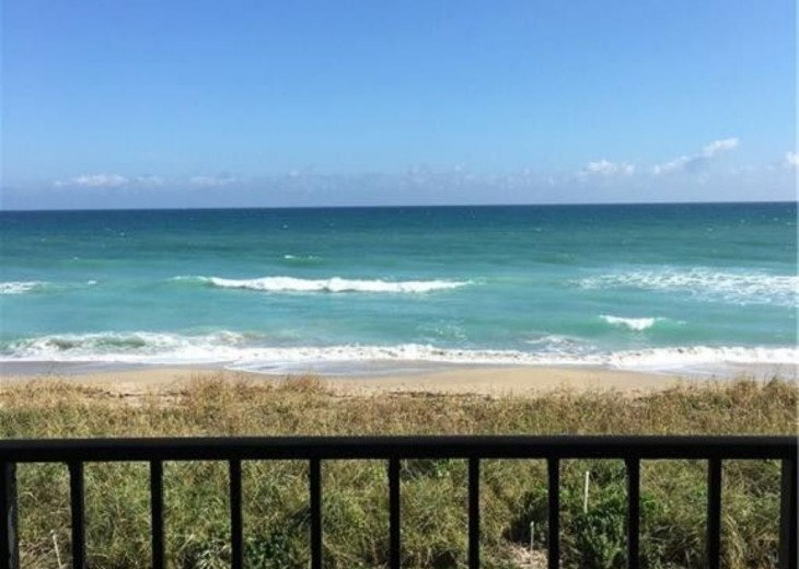 Beachfront condo on Hutchinson Island - Fully Renovated #3