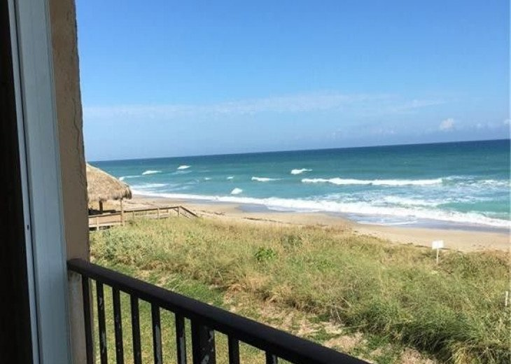 Beachfront condo on Hutchinson Island - Fully Renovated #4