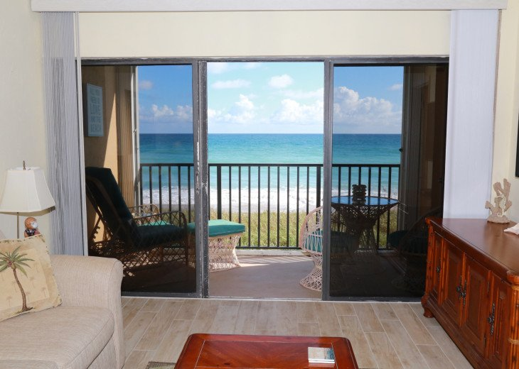 Beachfront condo on Hutchinson Island - Fully Renovated #2