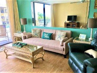 Living Room w Sofa Sleeper