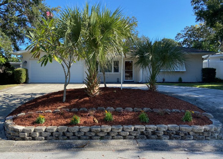 Home in Largo close to Indian Rocks Beach #1