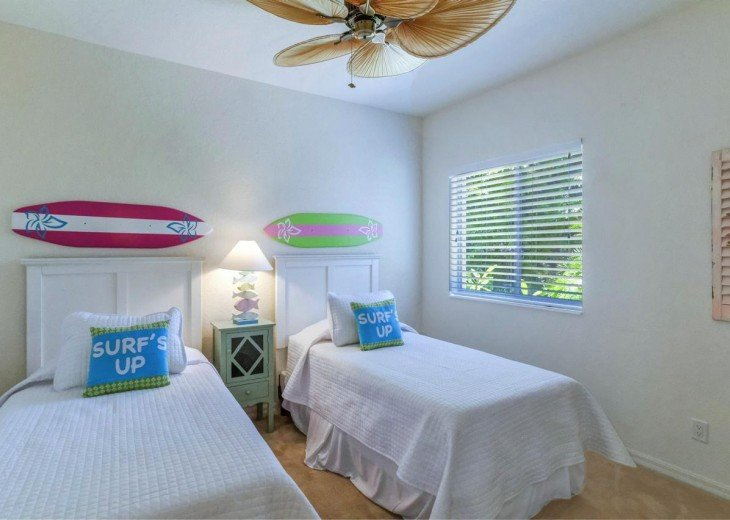4 Bedroom and 2 Bathroom Home with heated Pool on Water SOUTH FACING #15