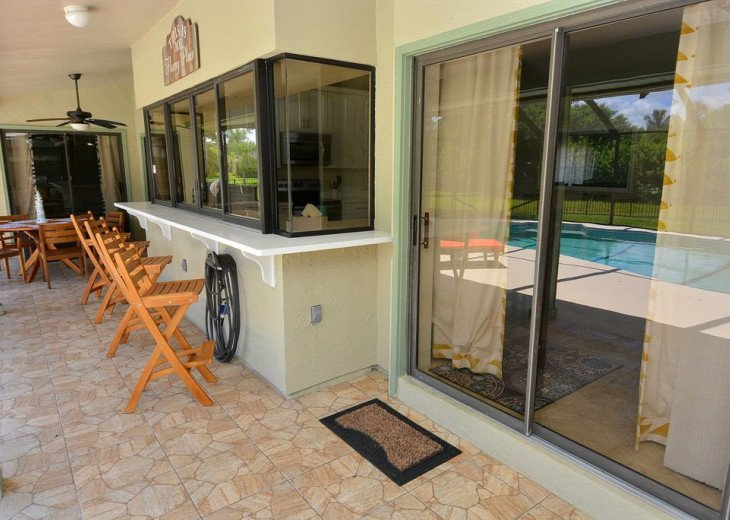 Beautiful, heated pool home close to Stuart Beach and Jensen Beach. #5