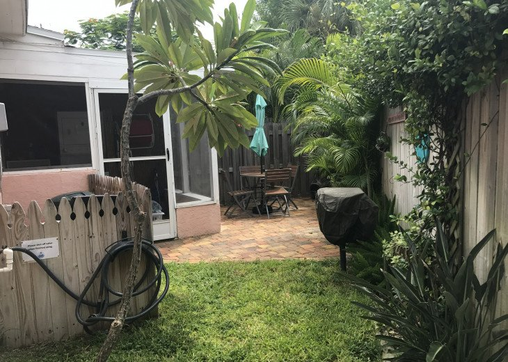 Cocoa Beach Stay Cottage 225 Pet Friendly - Walk to the beach! #10