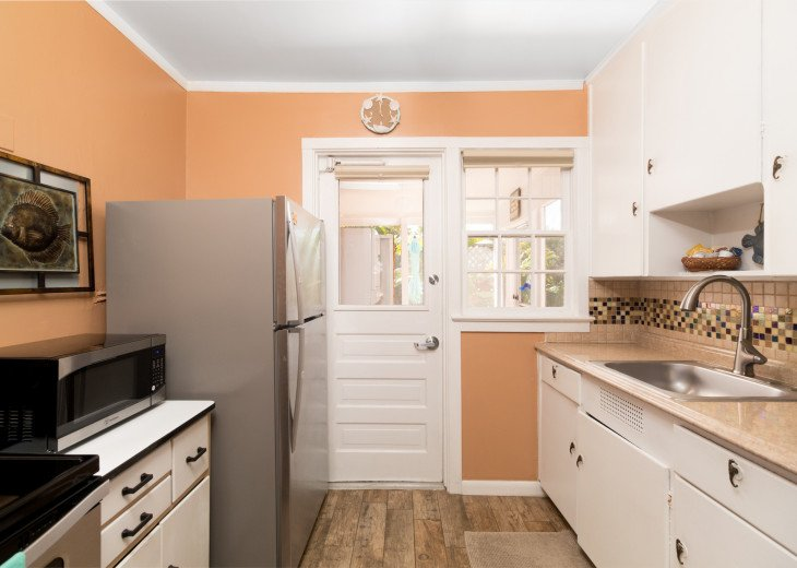 Cocoa Beach Stay Cottage 225 Pet Friendly - Walk to the beach! #16