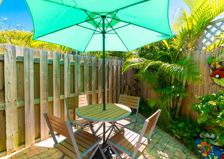 Cocoa Beach Stay Cottage 225 Pet Friendly - Walk to the beach! #27