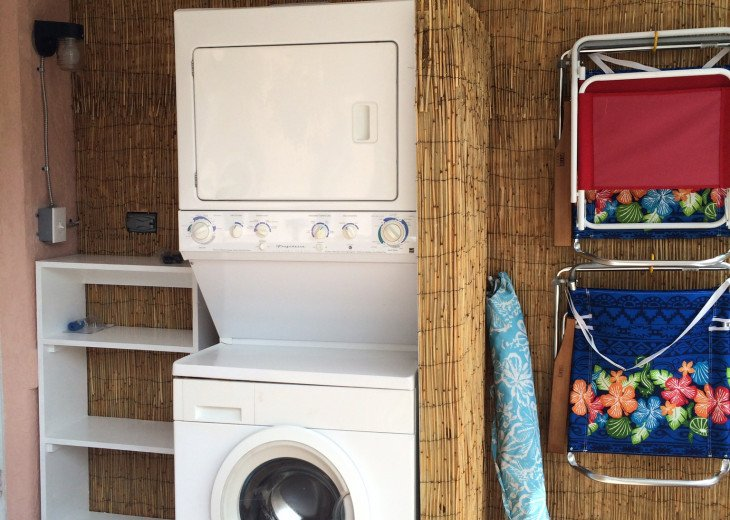 Cocoa Beach Stay Cottage 225 Pet Friendly - Walk to the beach! #7