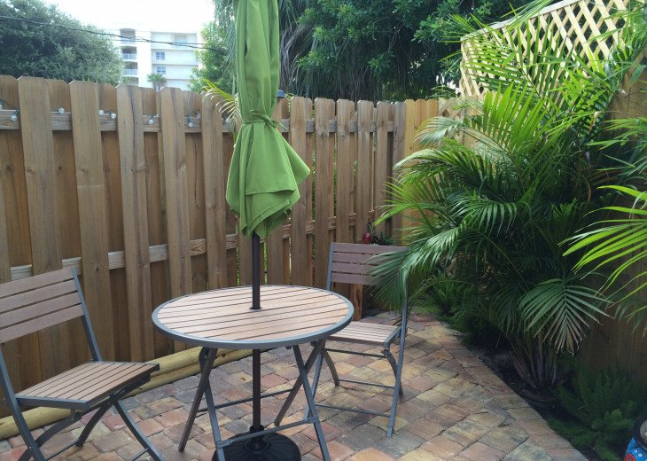 Cocoa Beach Stay Cottage 225 Pet Friendly - Walk to the beach! #6