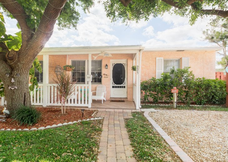Cocoa Beach Stay Cottage 225 Pet Friendly - Walk to the beach! #26